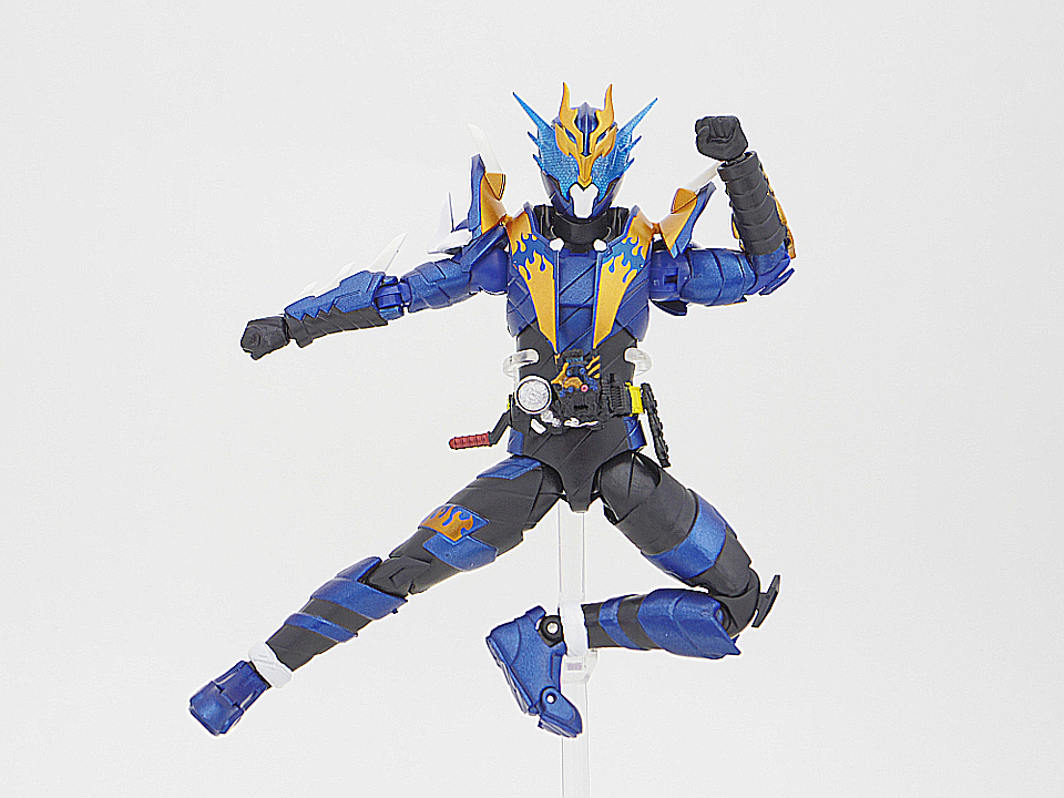 SHF 仮面ライダークローズ35