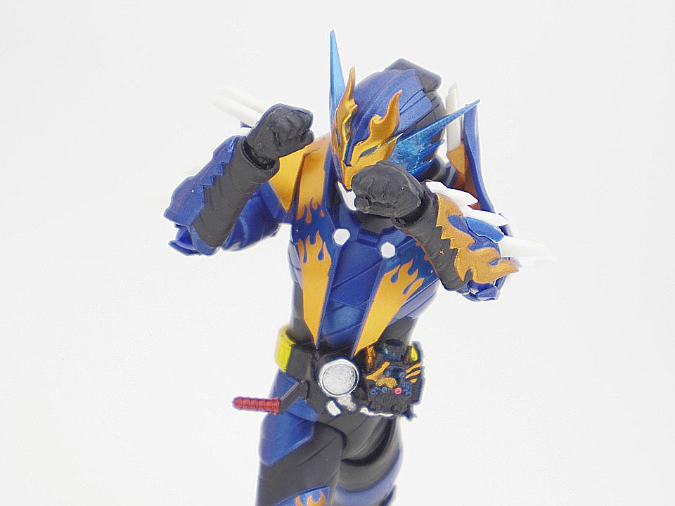 SHF 仮面ライダークローズ47