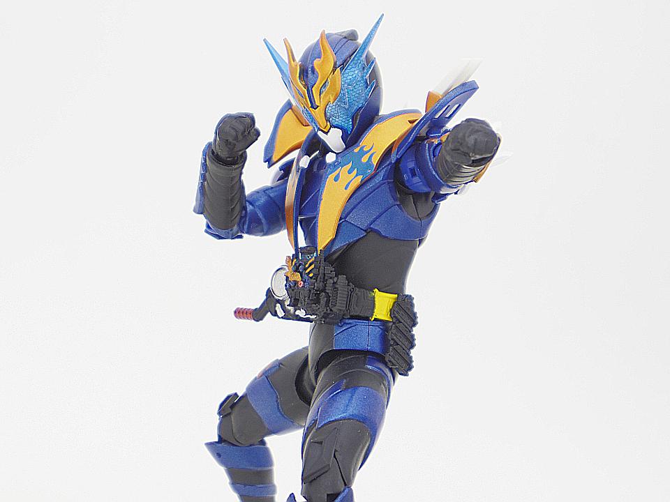 SHF 仮面ライダークローズ50