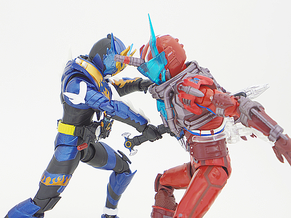 SHF 仮面ライダークローズ56