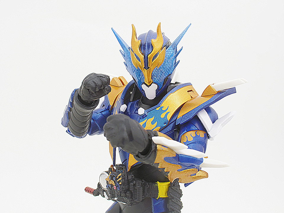 SHF 仮面ライダークローズ45