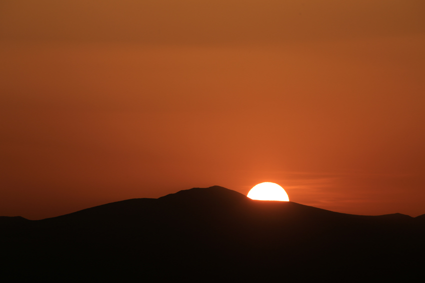 20180421栗駒山へ沈む夕陽3