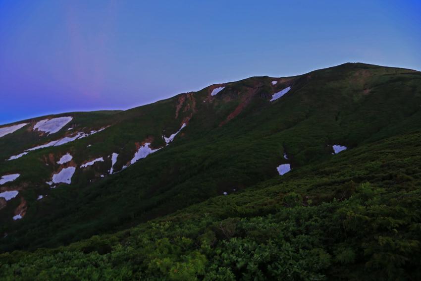 20180623中央コースから見る栗駒山