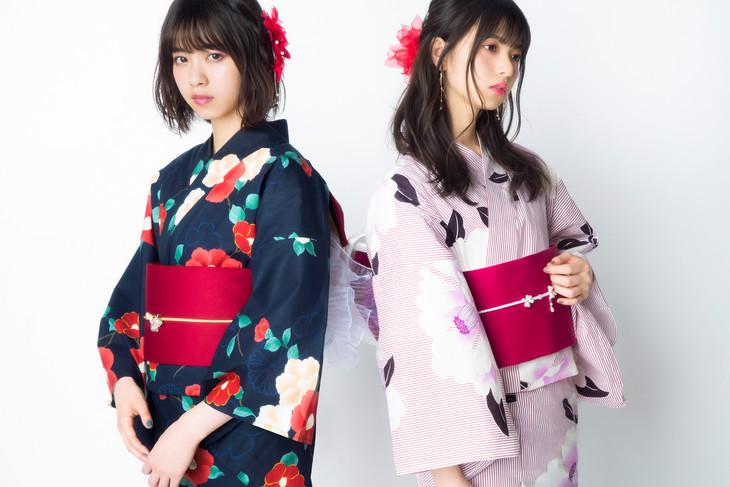 乃木坂46西野七瀬&齋藤飛鳥、椿柄の艶やか浴衣姿を披露