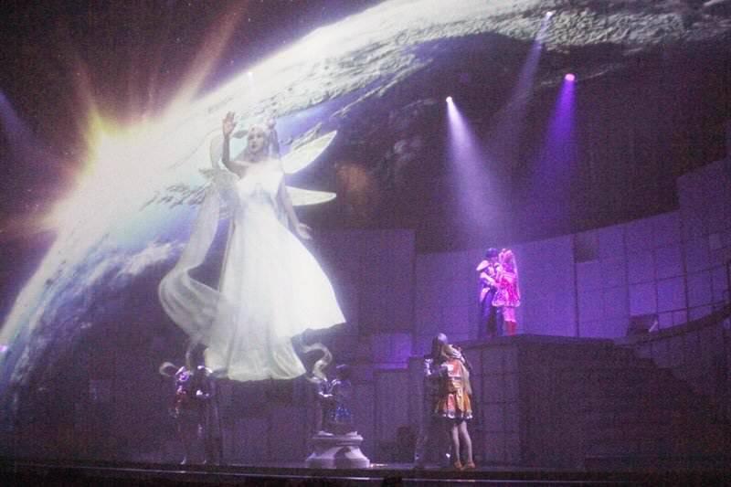 乃木坂46版ミュージカル「美少女戦士セーラームーン」公開ゲネプロ 白石麻衣