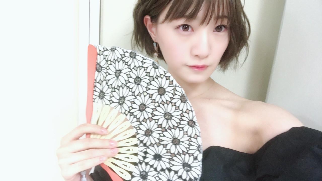 扇子ショーに乃木坂46の中田花奈さん2