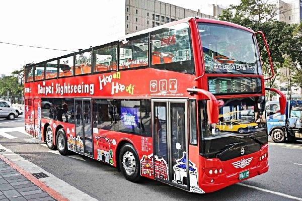 二階建てバス01