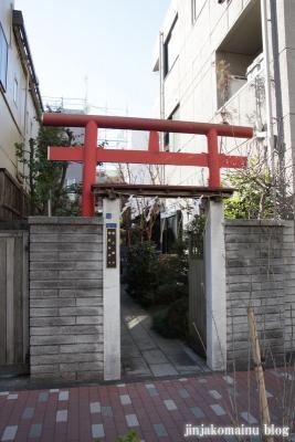 於三稲荷神社(江東区牡丹)1