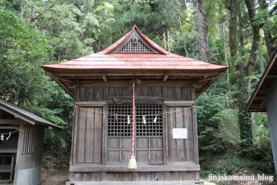 新明神社(八王子市滝山町)2