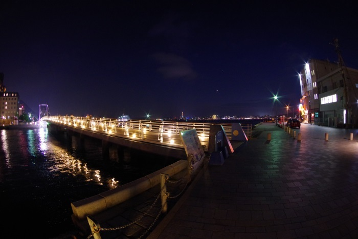 夜の門司港