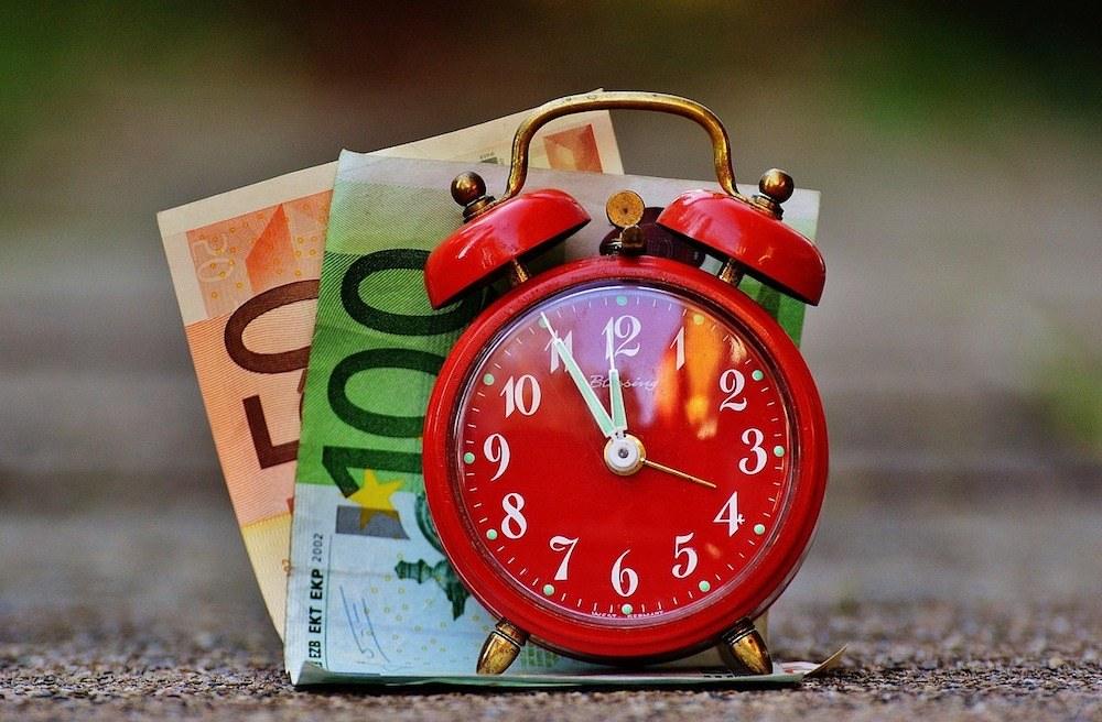 time-is-money-1059989_1280_mini.jpg