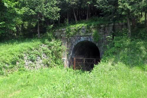 180504廃線トンネル