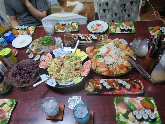 半額寿司、ゴーヤチャンプルー、デラウェア