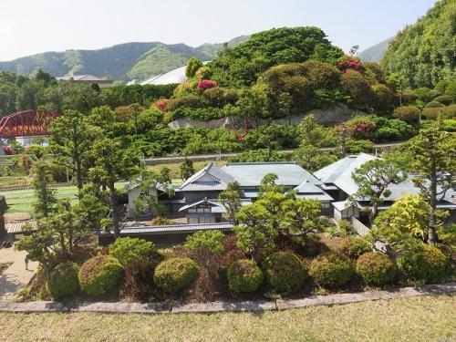 東武ワールドスクウェア《日本の四季》大和棟の民家