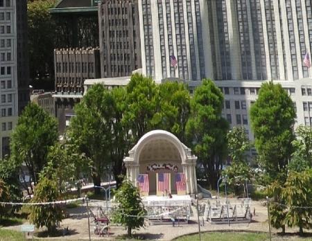 東武ワールドスクウェア セントラルパーク野外音楽堂