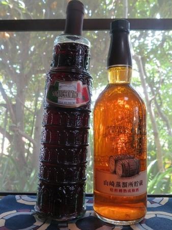 ピサの斜塔ワインと山崎梅酒
