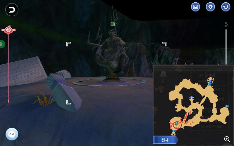 26 海の神の彫刻(海底洞窟)
