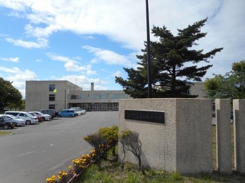大麻東中学校 校舎