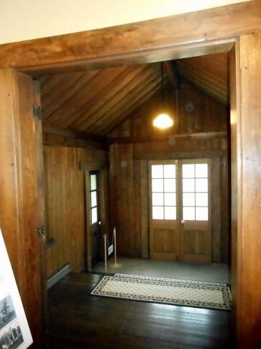 旧永山邸 玄関内部