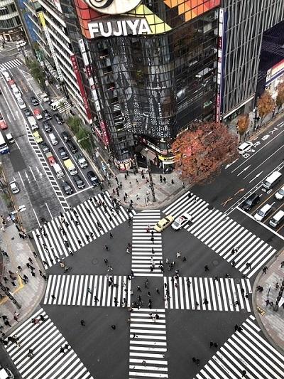 intersection-3000837_640.jpg