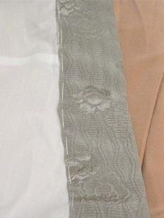 ふくれ織りの半襟