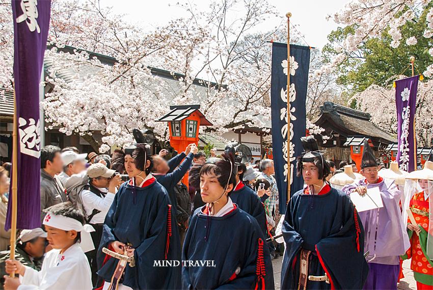 平野神社 桜祭神幸祭 男性
