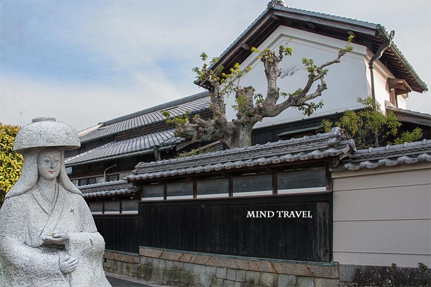山根街道 鉢かづき姫像 合成2