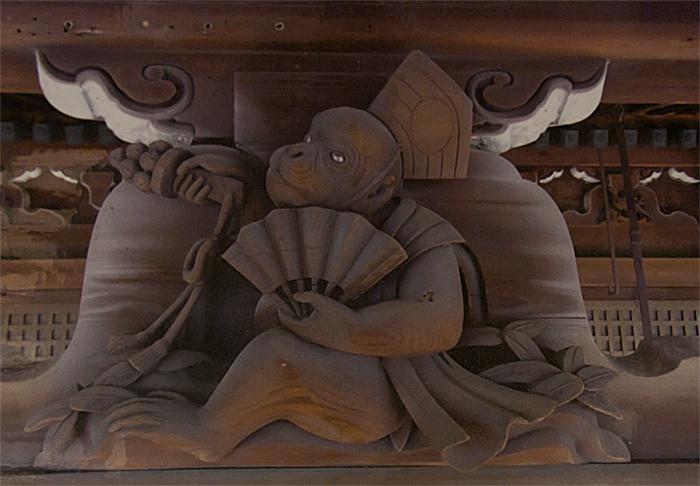 新日吉神社 猿のレリーフ