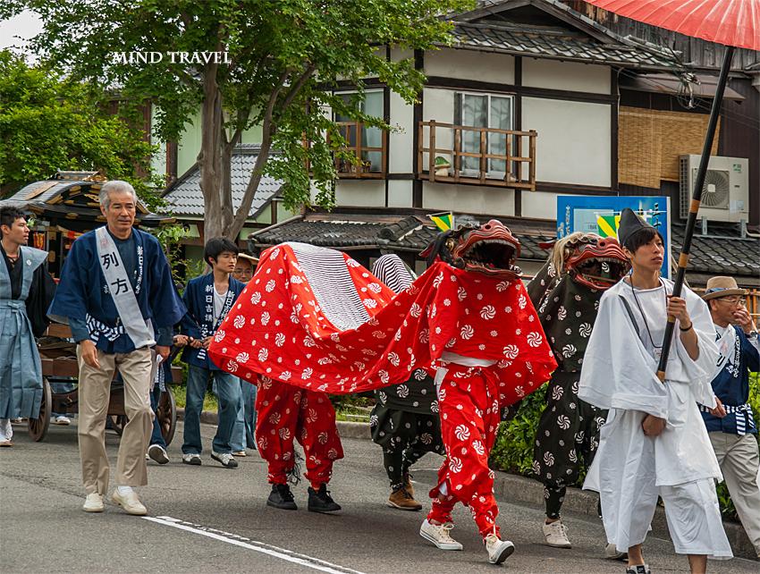 新日吉神社 神幸祭 獅子