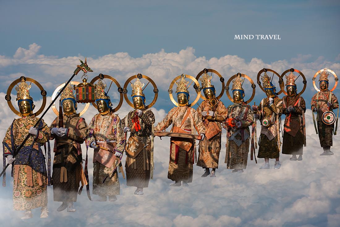 當麻のお練り 雲の上の菩薩