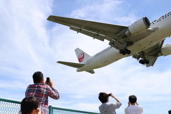 IMG_409220180520千里川飛行機来た!!