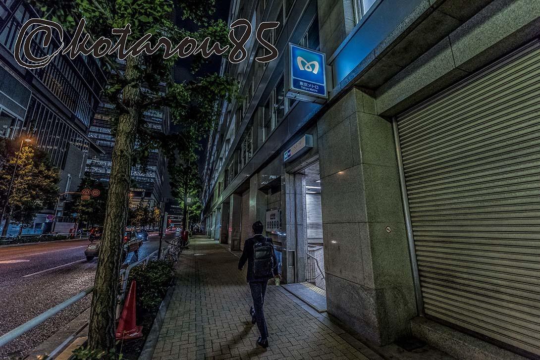 深夜の大手町 20180519