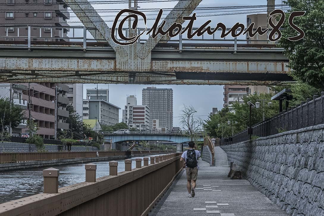 台風前の小名木川 20180705