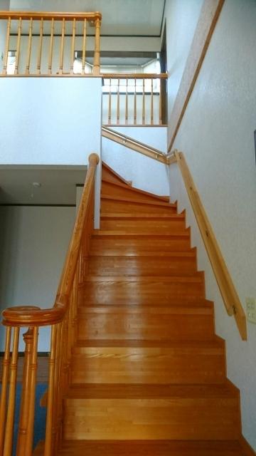 メゾネット 階段2