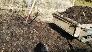 180525NO3堆肥を取る