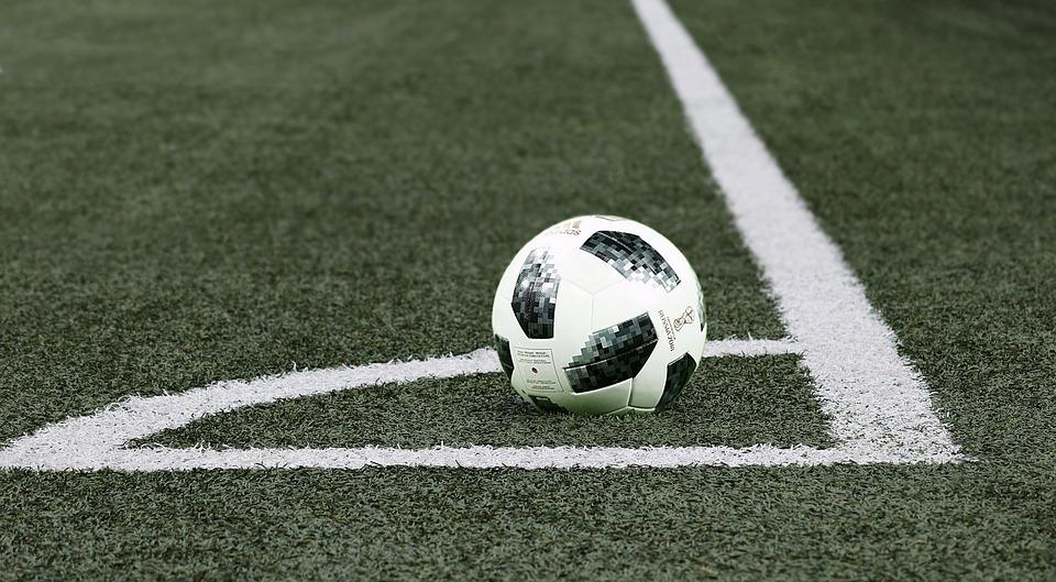football-3474956_960_720.jpg