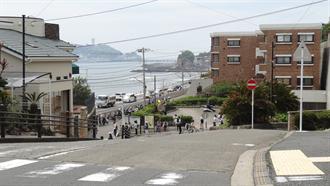 通学路(鎌倉高校駅前踏切付近) TARI TARI 聖地巡礼
