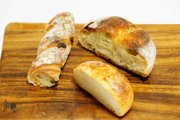 【やまなか】【ピースガーデン】いただきもののパンたち