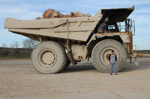 09 500 200ton haul truck