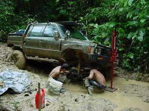 04a 300 20030712 RAM026 01 truck