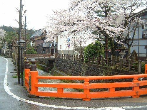 01b 500 20180414 from小川:安養寺枝垂桜01入り口