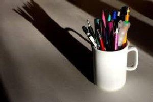 09b 300 pencil holder
