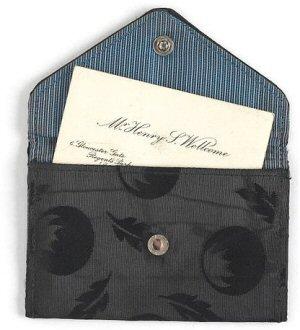 04c 189b calling card in purse