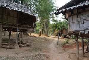 04c 300 karen village