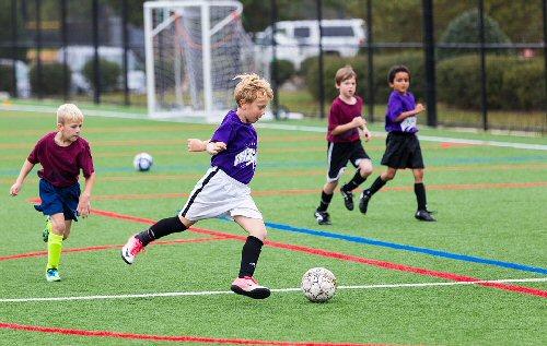 01a 500 soccer kids