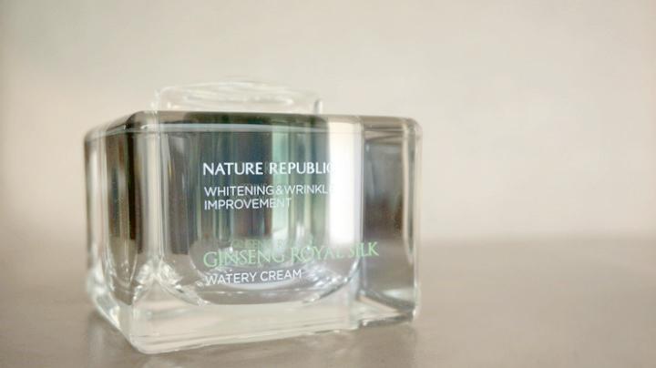 ネイチャーリパブリック(NATURE REPUBLIC)ジンセン ローヤル シルク 、ウォータリー クリーム/化粧水/乳液/美容液 (韓国コスメ)