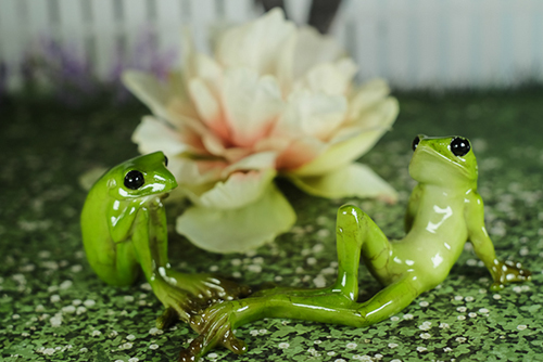 100円ショップでゲットしたカエルさん。カエ太の生活シリーズ。カエルというより、宇宙人っぽい。