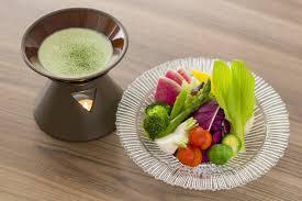 彩り野菜と新茶の茶~ニャカウダ
