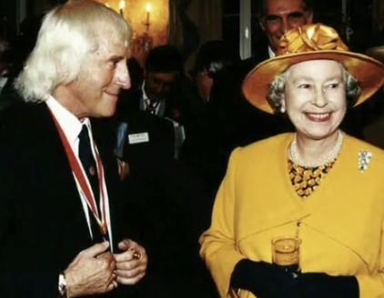 サヴィルと女王
