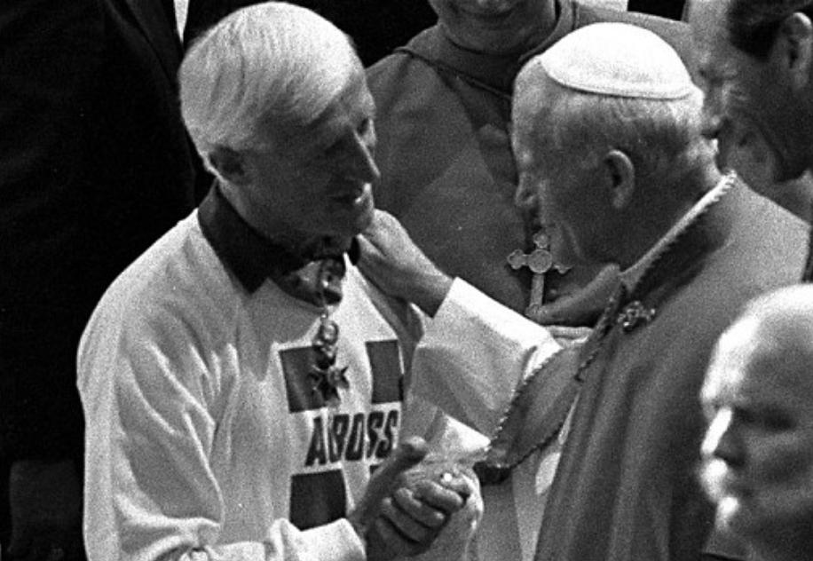 ローマ法皇とサヴィル